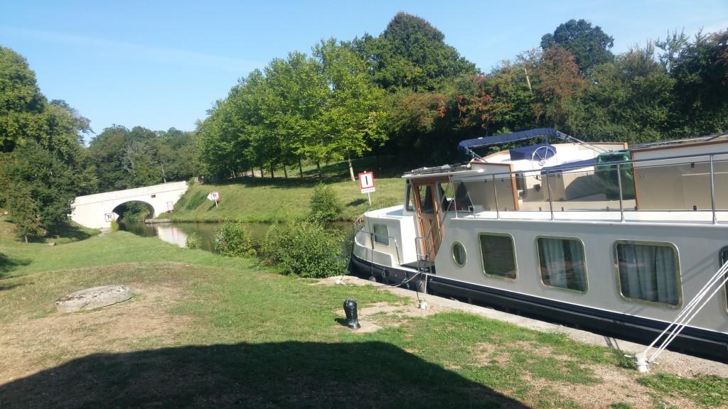 Burgund mit dem Boot